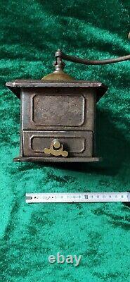 1890/1900 PEUGEOT Sheet Metal Coffee Mill/Grinder