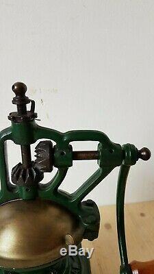 ANTIQUE CAST IRON COFFEE GRINDER AMPIA GARANZIA FB 0 ITALY 1900's HOME USE