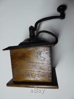 Antique ARCADE IMPERIAL MILL #705 WOOD COFFEE MILL GRINDER