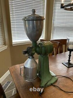 Antique American Duplex Electric Coffee Cutter (Grinder) in Working Condition