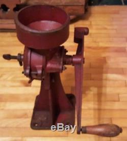 Antique Cast Iron Hand Crank Coffee /Corn / Wheat Grinder 2MG