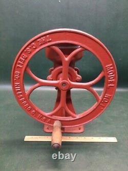 Antique Cast Iron Mill Coffee Grinder C. S. Bell Co. Hillsboro USA Model No. 1
