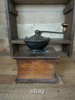 Antique Coffee Grinder Arcade MFG Co. Favorite Mill Hand Crank Coffee Grinder