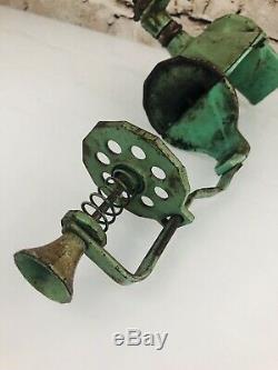 Antique Crystal Arcade No. 4 hand crank coffee grinder RARE original GREEN Catch