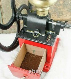 Antique KISSING & MÖLLMANN Coffee Grinder Mill Cast-Iron Moulin Molinillo Cafe
