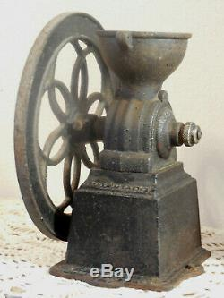 Antique Spanish Bistro Bar Coffee Grinder MILL Patentado Original Cast Iron