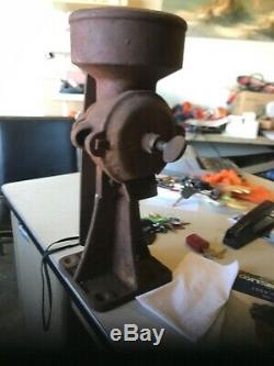 Antique Vintage Cast Iron Hand Crank Corn Coffee Grain MILL Grinder