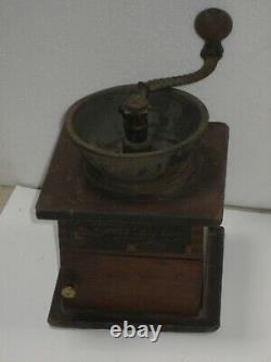 Antique Waddels Improved Coffee Mill No. 1060 Grinder Greenfield Ohio c. 1880