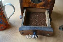 Antique Zassenhaus coffee Grinder German Made, VGC and still grinds coffee