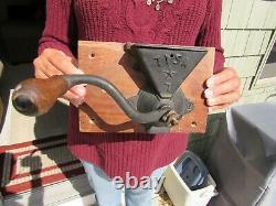VINTAGE ORIGINAL 1880's TISA STAR #7 POST MOUNT COFFEE MILL / COFFEE GRINDER