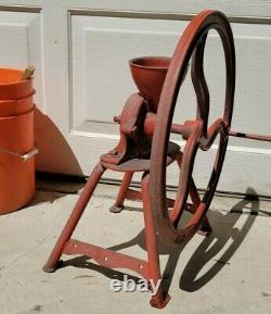 Vintage Antique Cast Iron Export Family Grist Mill Coffee/ Corn Grinder