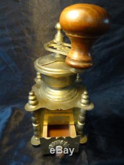Vintage Art Deco Style Brass Coffee Hand Grinder Cafe Hotel Kitchen