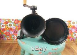 Vintage cast iron spong 1 Moulin a café coffee grinder Mill tray