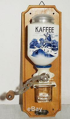 Vintage coffee grinder Antike Primax Wand Kaffeemühle Blau Weiss Holland Motiv